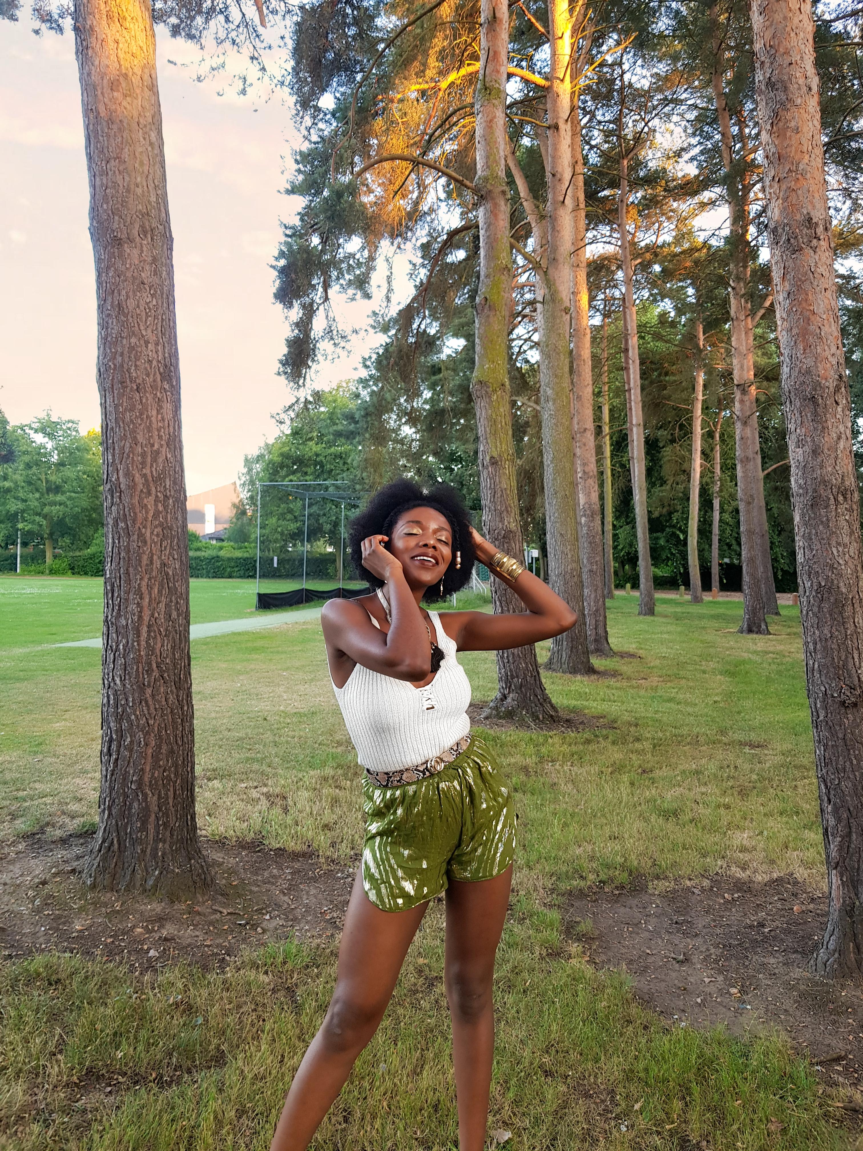 Green tiger print shorts- Ganni