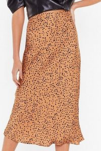 Spotty check satin midi skirt- Nasty Gal (3)