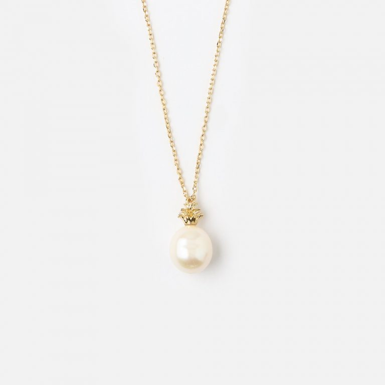 Pineapple pearl charm necklace